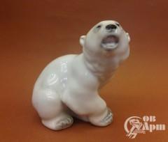 "Скульптура ""Медвежонок белый"""